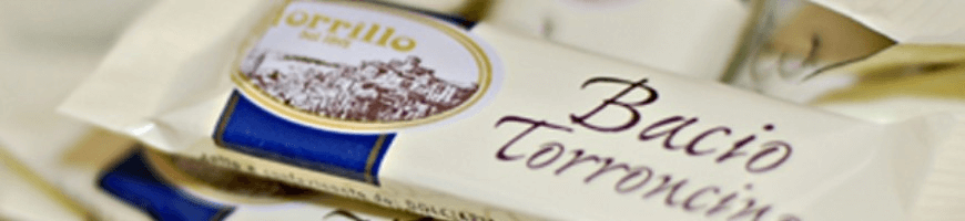 Torroncini Borrillo kisses, produced with quality raw materials.